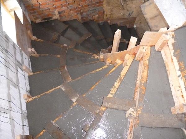 Опалубка на лестницу своими руками 30